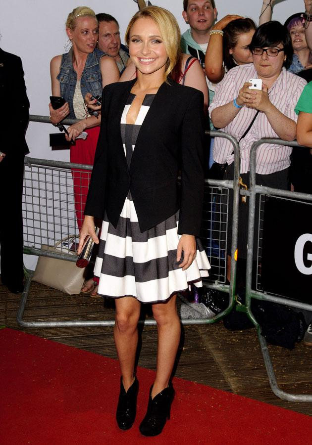 """Hayden Panettiere looked demure in a <a target=""""_blank"""" href=""""http://uk.lifestyle.yahoo.com/photos/monochrome-fashion-trend-kate-middleton-kim-kardashian-emma-stone-pictures-slideshow/"""">monochrome</a> Black Halo frock and fitted blazer."""