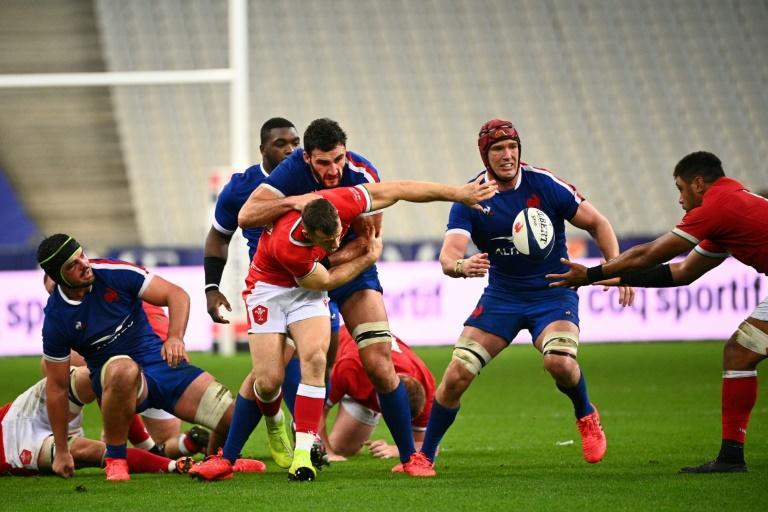 Bernard Le Roux (red head protection) made his France debut in 2013 but is yet to score a Test try