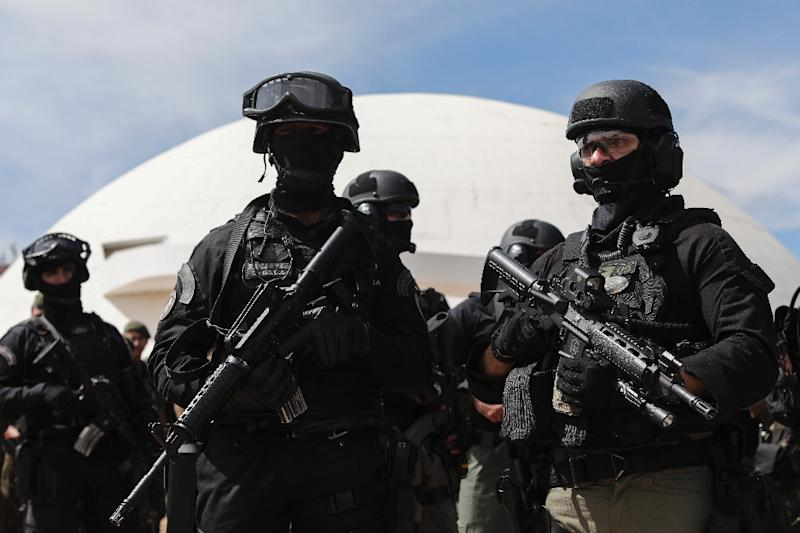 Tight security surrounds Tuesday's presidential investiture in Brasilia, which will be attended by a dozen foreign dignitaries (AFP Photo/Sergio LIMA)