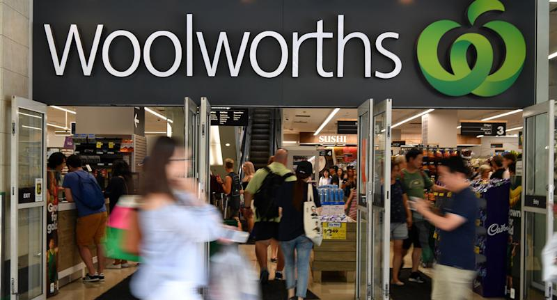 Woolworths shopfront shown as expert reveals Woolworths Rewards tips.