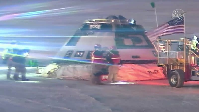Boeing Starliner space capsule checked after landing at White Sands