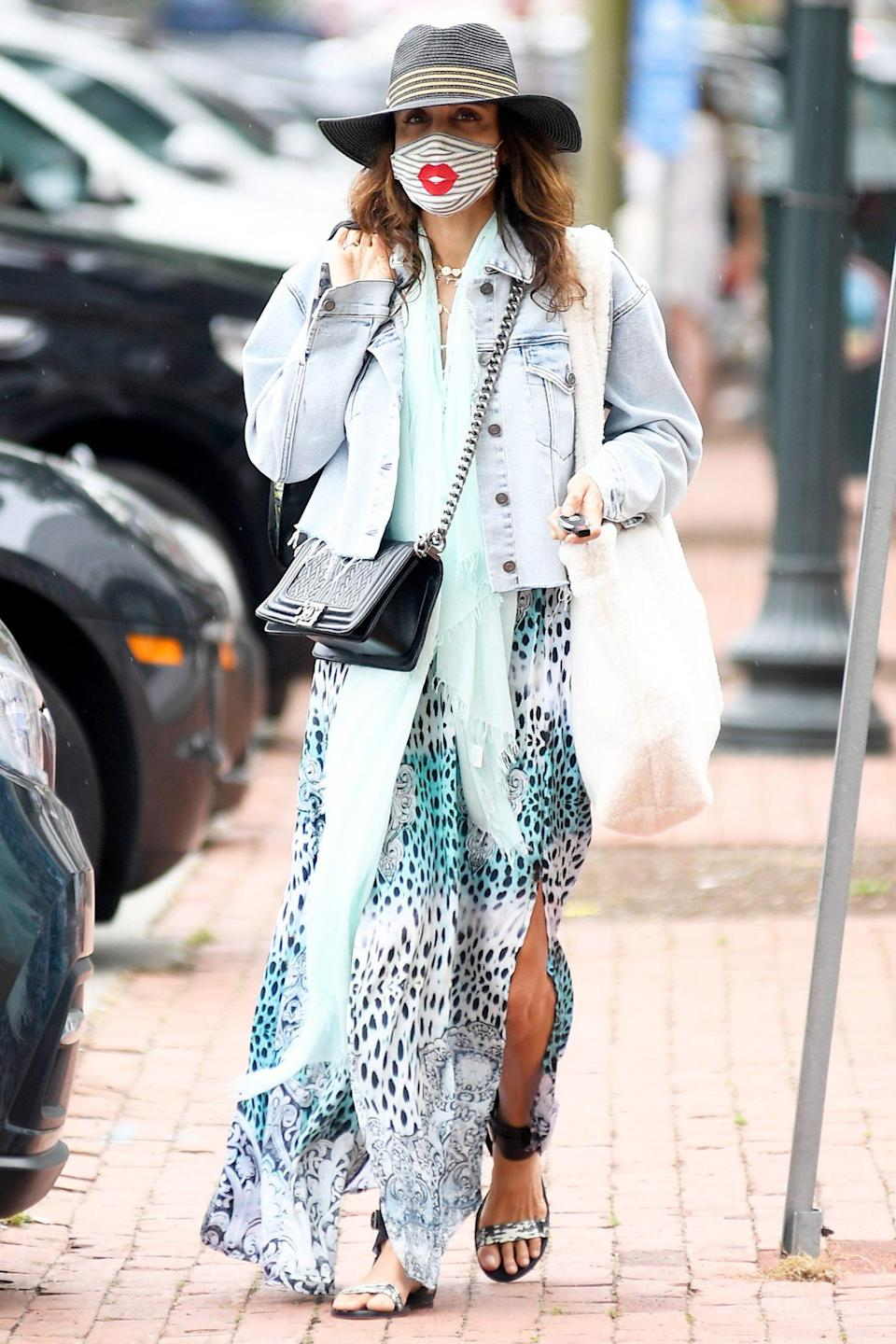 <p>Kissy face! Bethenny Frankel wears a cute mask while out and about in Southampton, New York, on Thursday. </p>