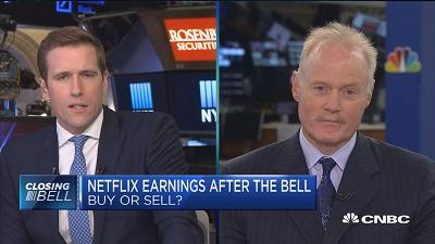 Kevin Landis, Firsthand Funds, and Michael Pachter, Wedbush Securities, debate whether Netflix is a buy ahead of its earnings report.