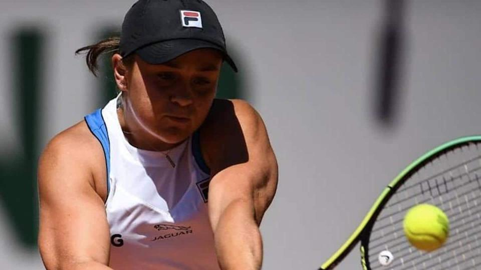 French Open: Ashleigh Barty retires through injury, Magda Linette advances