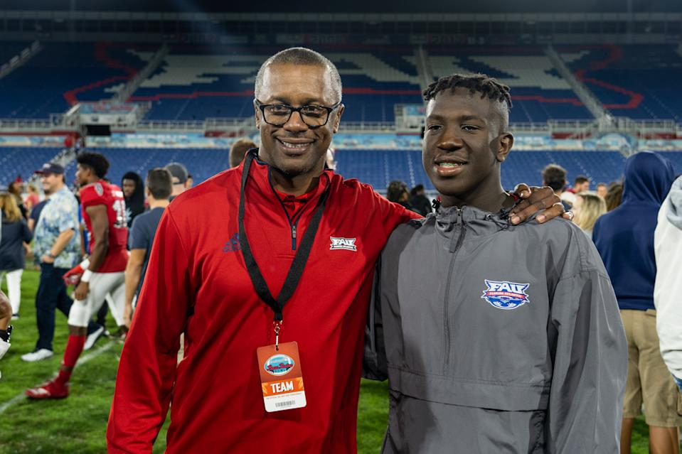 FAU Owls' newly hired coach Willie Taggart attends the Boca Raton Bowl between the Owls and SMU on Saturday. (Aaron Gilbert/Getty Images)
