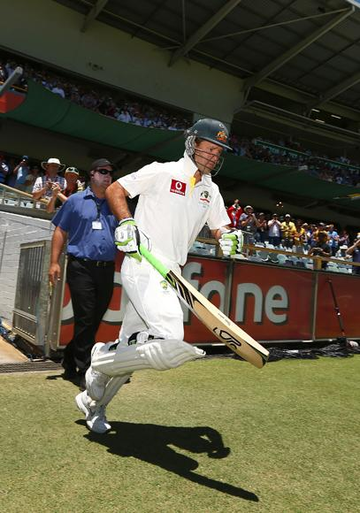 Ricky Ponting of Australia comes out to bat for the last time in his international career during day four of the Third Test Match between Australia and South Africa at WACA on December 3, 2012 in Perth, Australia.  (Photo by Robert Cianflone/Getty Images)