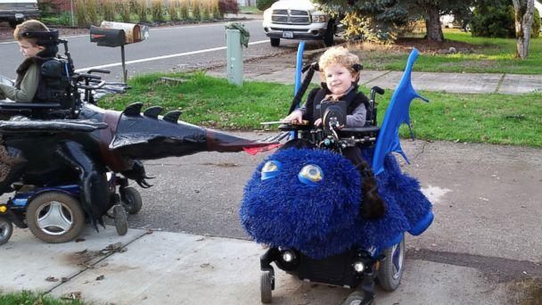 PHOTO: Magic Wheelchair founder Ryan Weimer's sons, Keaton and Bryce, play in their wheelchair costumes. (Courtesy Magic Wheelchair)