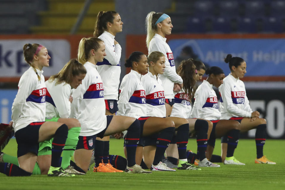 It's no surprise to anyone who's been paying attention the USWNT players demonstrated against social injustice and systemic racism before beating the Netherlands in Friday's friendly. (Dean Mouhtaropoulos/Pool via AP)