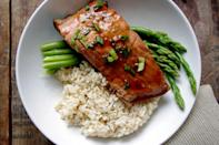 """<div class=""""caption-credit"""">Photo by: Nutritionist in the Kitch</div><div class=""""caption-title"""">Ginger Soy Poached Salmon</div><br><br>If you feel like ginger and soy have magical """"my body is a temple""""-giving properties, you're right. <a href=""""http://shine.yahoo.com/shine-food/10-best-ingredients-fight-bloating-150800330.html"""" data-ylk=""""slk:Ginger is a natural anti-inflammatory and antacid;outcm:mb_qualified_link;_E:mb_qualified_link;ct:story;"""" class=""""link rapid-noclick-resp yahoo-link"""">Ginger is a natural anti-inflammatory and antacid</a>, so in addition to being crazy delicious, this meal really will make you feel less bloated and gross, promise. <br> <br> <b>Recipe: <a href=""""http://www.nutritionistinthekitch.com/2012/12/27/simple-ginger-soy-poached-salmon/#"""" rel=""""nofollow noopener"""" target=""""_blank"""" data-ylk=""""slk:Simple Ginger Soy Poached Salmon"""" class=""""link rapid-noclick-resp"""">Simple Ginger Soy Poached Salmon</a></b> <br>"""
