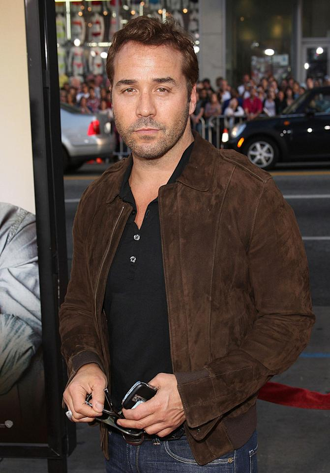 """<a href=""""http://movies.yahoo.com/movie/contributor/1800022783"""">Jeremy Piven</a> at the Los Angeles premiere of <a href=""""http://movies.yahoo.com/movie/1810044687/info"""">The Hangover</a> - 06/02/2009"""