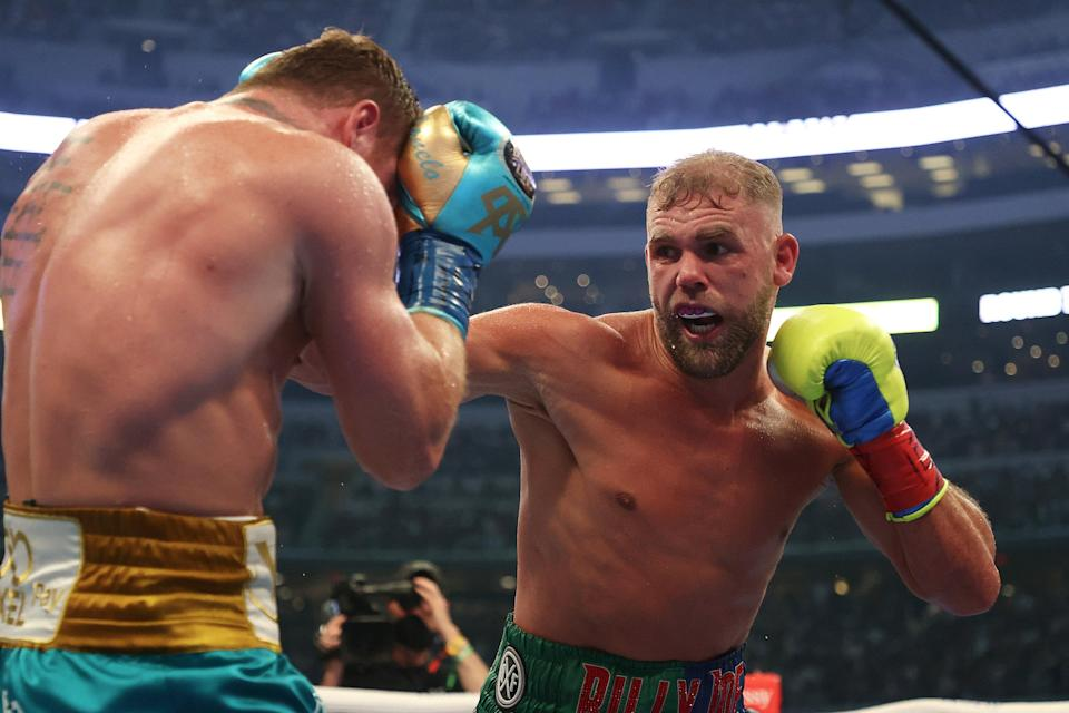 <p>Billy Joe Saunders suffered a suspected fractured eye socket against Canelo Alvarez</p> (Getty Images)