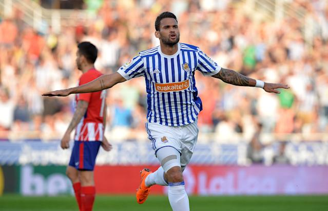 Soccer Football - La Liga Santander - Real Sociedad vs Atletico Madrid - Anoeta Stadium, San Sebastian, Spain - April 19, 2018 Real Sociedad's Willian Jose celebrates scoring their first goal REUTERS/Vincent West
