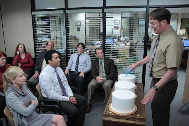 """Finale"" Episode 924/925 -- Pictured: (l-r) Kate Flannery as Meredith Palmer, Catherine Tate as Nellie Bertram, Angela Kinsey as Angela Martin, Oscar Nunez as Oscar Martinez, Brian Baumgartner as Kevin Malone, Jake Lacy as Pete, Jake Lacy as Pete, Paul Lieberstein as Toby Flenderson, Rainn Wilson as Dwight Schrute"