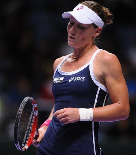 Sharapova beats Stosur at WTA Championships
