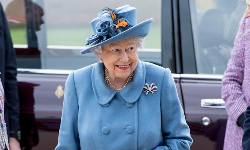 The Queen wants to do away with single-use plastic and straws from Balmoral, Windsor and Holyrood.