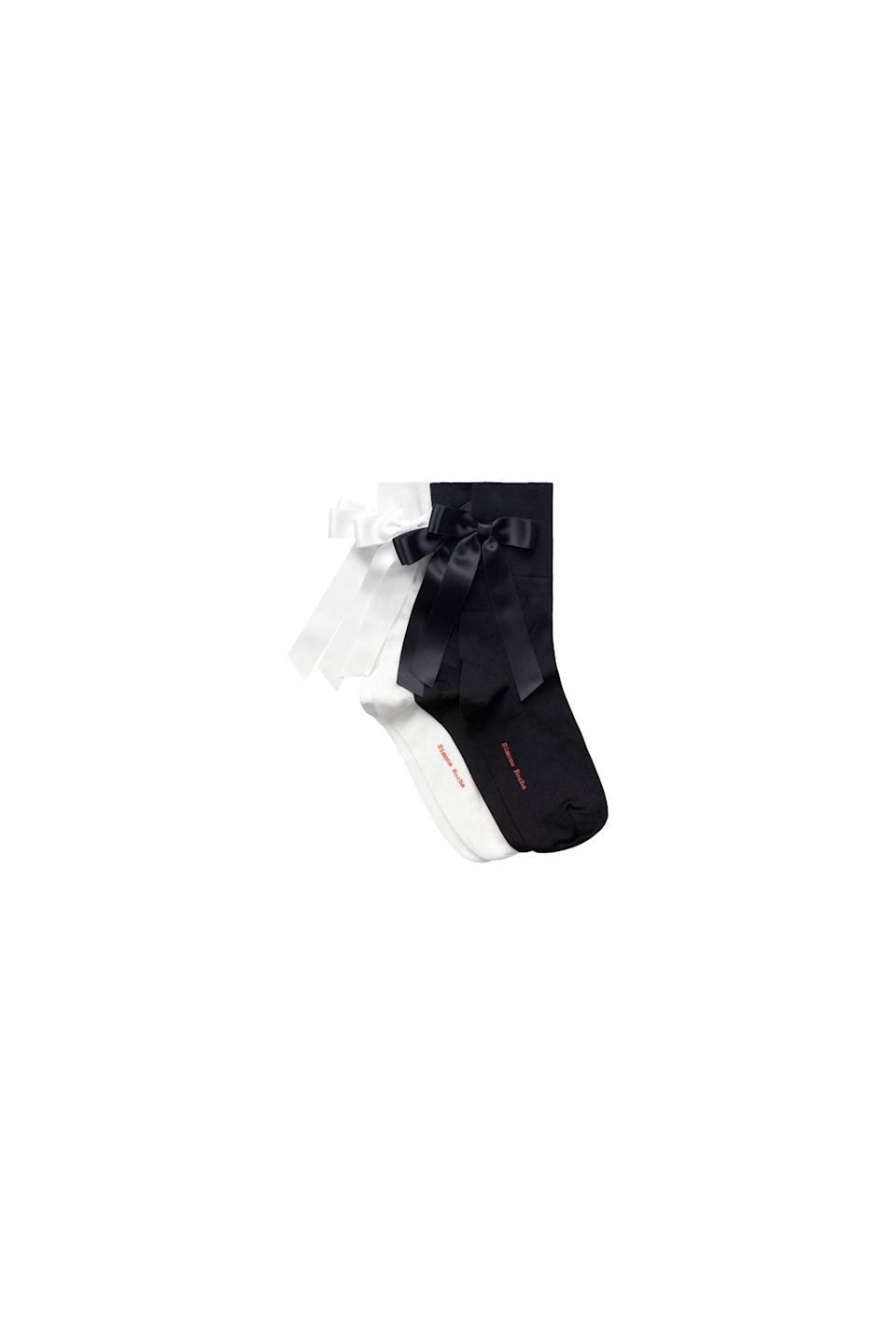<p><span>Simone Rocha x H&amp;M 2-Pack Bow-Detail Socks</span> ($30).</p>
