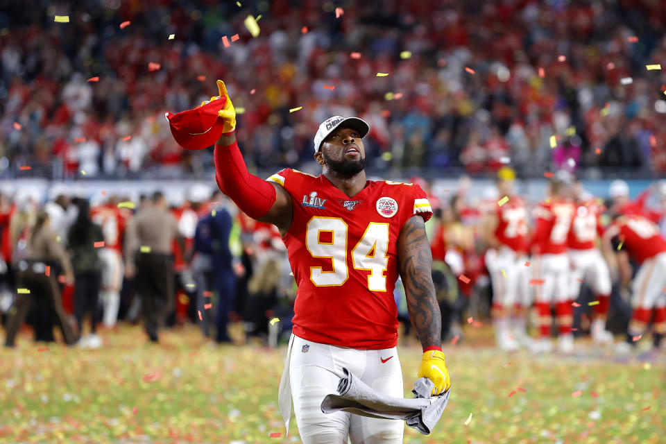 MIAMI, FLORIDA - FEBRUARY 02: Terrell Suggs #94 of the Kansas City Chiefs celebrates after defeating San Francisco 49ers by 31 - 20 in Super Bowl LIV at Hard Rock Stadium on February 02, 2020 in Miami, Florida. (Photo by Kevin C. Cox/Getty Images)