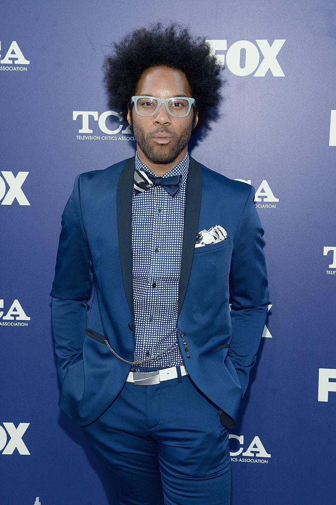 <p>We love how the actor stuck with a blue palette but mixed prints to keep things interesting. <i>(Photo by Matt Winkelmeyer/Getty Images)<br></i><br></p>