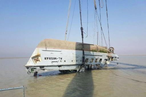 20 Iraqi sailors found dead after ship sinks: ministry