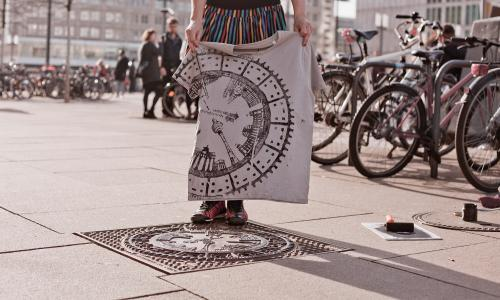 The 'female pirate printer' who creates fashion from manhole covers
