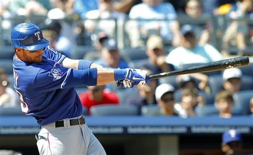 Rangers avoid 4-game sweep, beating Yankees 10-6