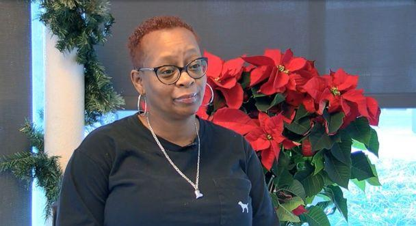 PHOTO: Mom Sherri Withrow of Lexington, Kentucky, talks about her son, Marquis Davis, 17, who received a life-saving Christmas gift with a heart and kidney transplant. (WCPO)