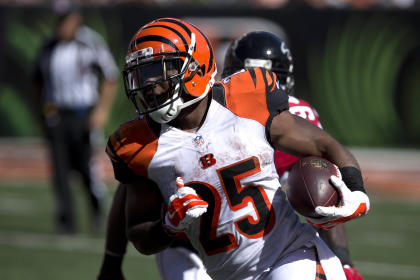 Gio Bernard, steamrolling the Falcons (Aaron Doster-USA TODAY Sports)