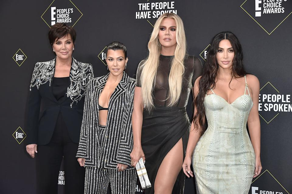 SANTA MONICA, CALIFORNIA - NOVEMBER 10: Kris Jenner, Kourtney Kardashian, Khloe Kardashian and Kim Kardashian attend 2019 E! People's Choice Awards - Arrivals at The Barker Hanger on November 10, 2019 in Santa Monica, California. (Photo by David Crotty/Patrick McMullan via Getty Images)