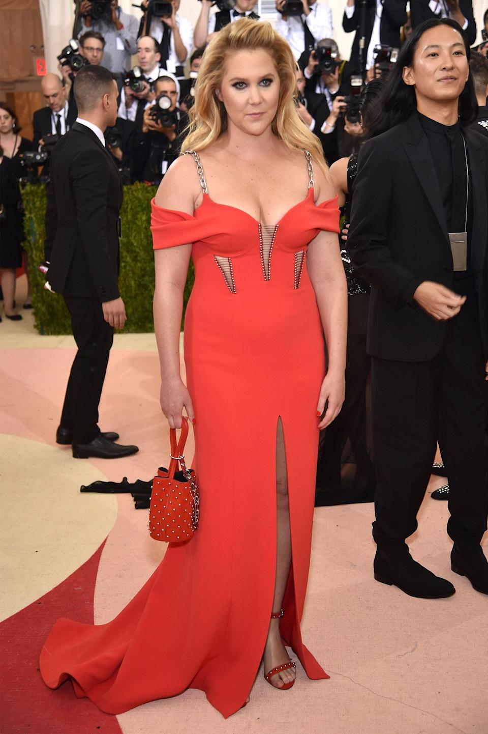 """<h1 class=""""title"""">Amy Schumer in Alexander Wang</h1> <cite class=""""credit"""">Photo: Getty Images</cite>"""