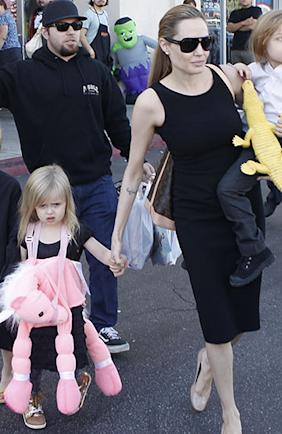 Vivienne Jolie-Pitt, left, and Angelina Jolie in October (Photo: Karl Larsen/INFDaily)