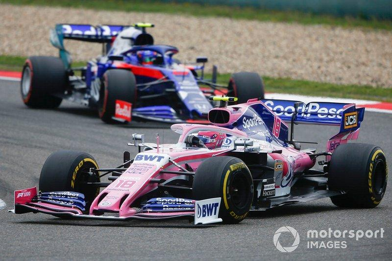 """Lance Stroll, Racing Point RP19, Alexander Albon, Toro Rosso STR14<span class=""""copyright"""">Andy Hone / Motorsport Images</span>"""