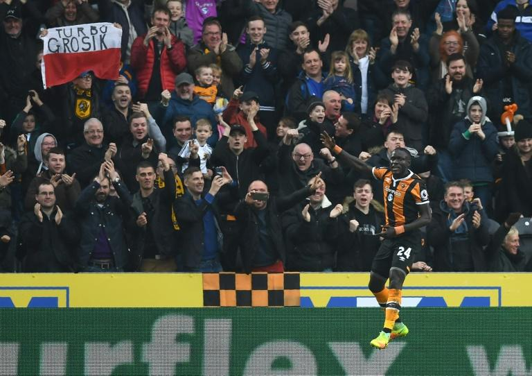 Oumar Niasse: Hull City striker has three-match ban overturned