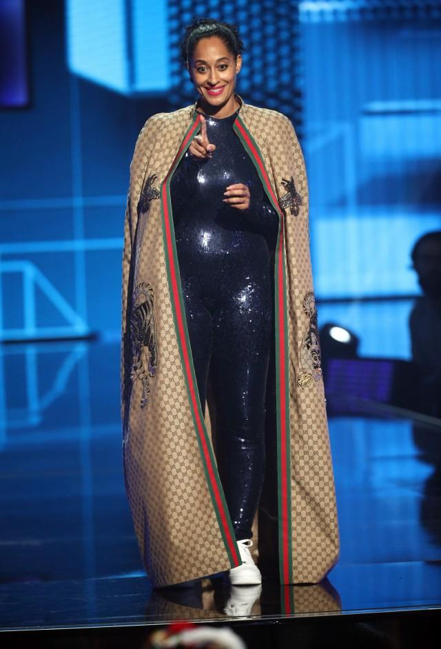 Tracee Ellis Ross AMAs Gucci cape