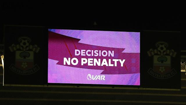 VAR can work in the Premier League, according to Arsene Wenger, and the former Arsenal manager believes pitchside monitors should be used.