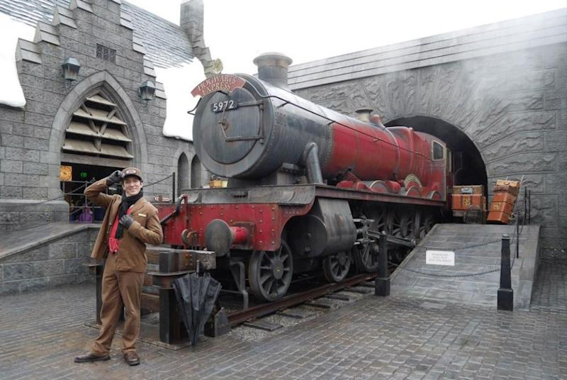 It's the Hogwarts Express! Photo: Be
