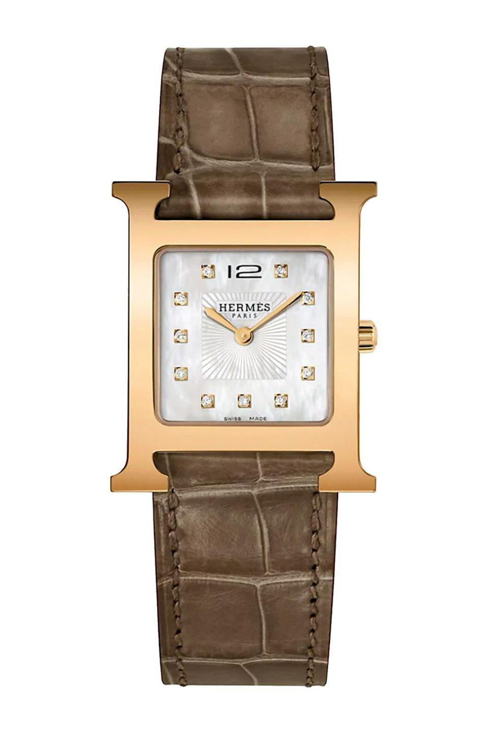 """<p><strong>Hermès</strong></p><p>saksfifthavenue.com</p><p><strong>$4525.00</strong></p><p><a href=""""https://go.redirectingat.com?id=74968X1596630&url=https%3A%2F%2Fwww.saksfifthavenue.com%2Fproduct%2Fherm%25C3%25A8s-heure-h-diamond--rose-goldplated-steel--amp--alligator-strap-watch-0400013621374.html%3Fdwvar_0400013621374_color%3DROSE%2BGOLD&sref=https%3A%2F%2Fwww.townandcountrymag.com%2Fstyle%2Fjewelry-and-watches%2Fg36186288%2Fbest-rose-gold-watches-women%2F"""" rel=""""nofollow noopener"""" target=""""_blank"""" data-ylk=""""slk:Shop Now"""" class=""""link rapid-noclick-resp"""">Shop Now</a></p><p>No watch collection is complete without an Hermes H Heure.</p>"""