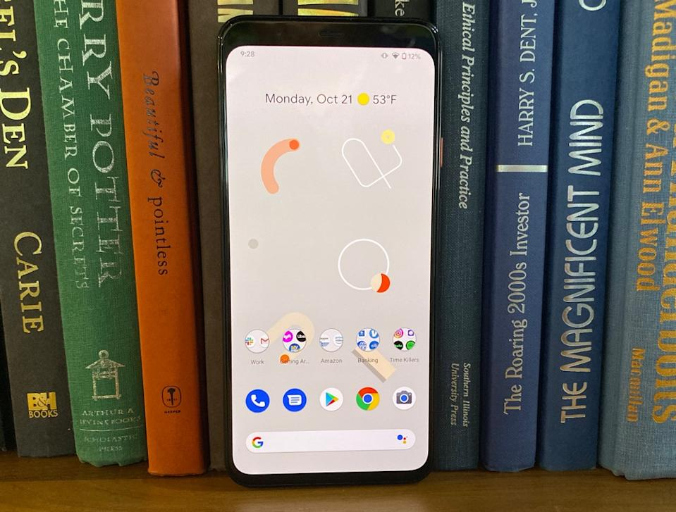 The Pixel 4 has a built-in radar that can track your hand movements, but it seems more like a gimmick than a fully fleshed out feature. (Image: Howley)