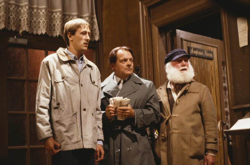 Actors (L-R) Nicholas Lyndhurst, David Jason and Buster Merryfield in a scene from episode 'The Jolly Boys Outing' of the BBC Television sitcom 'Only Fools and Horses', June 3rd 1989. (Photo by Don Smith/Radio Times/Getty Images)