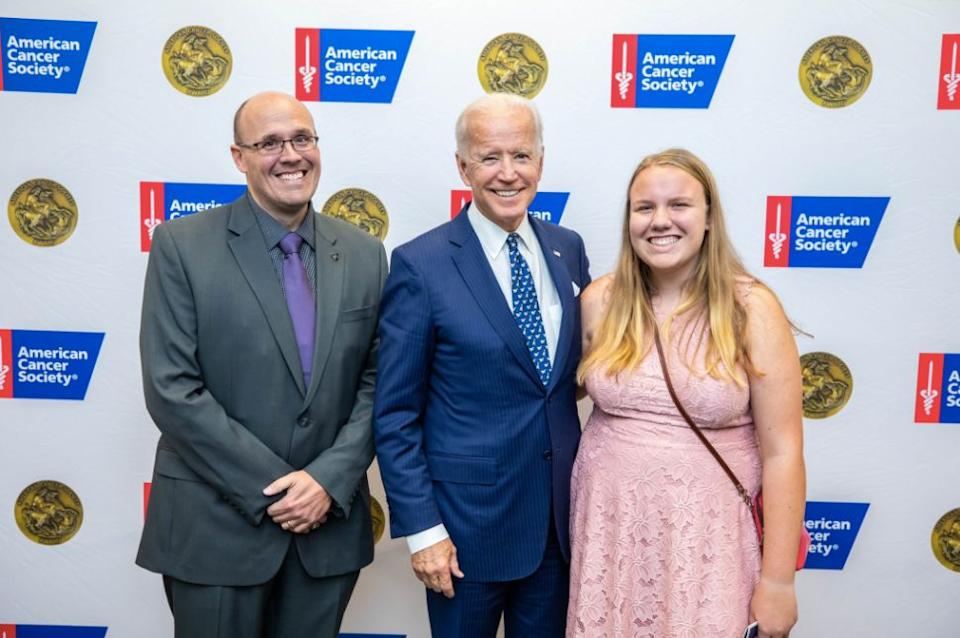 In 2018, Ellie Boyle and her father met Biden at an American Cancer Society event. (Photo: Ellie Boyle)