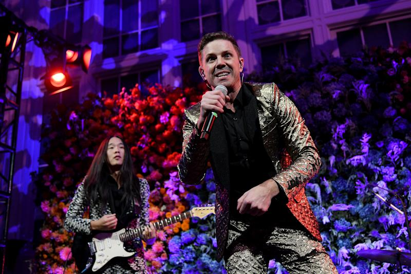 NEW YORK, NEW YORK - OCTOBER 17: Jake Shears performs onstage during the Hudson River Park Annual Gala at Cipriani South Street on October 17, 2019 in New York City. (Photo by Bryan Bedder/Getty Images for Hudson River Park)