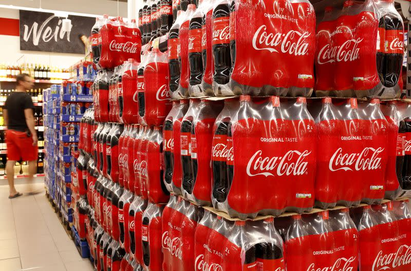 Coca-Cola to cut jobs in restructuring