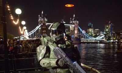Halo Launched With UFO Over London