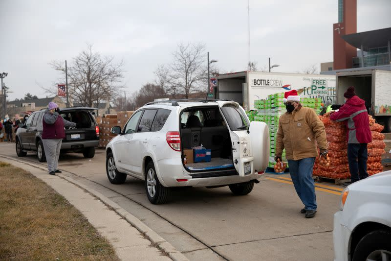 FILE PHOTO: Forgotten Harvest food bank distributes goods ahead of Christmas in Michigan
