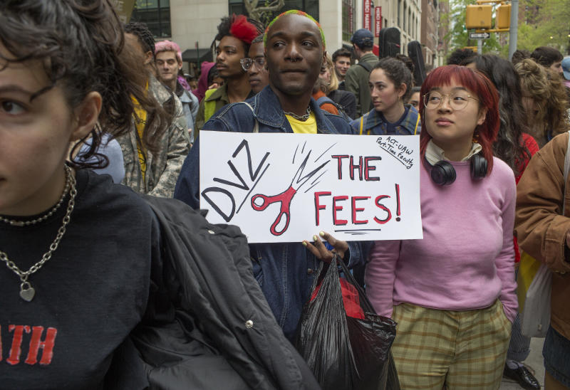 NEW YORK, NY - MAY 1: New School students protest tuition increases on May 1, 2019 outside the main campus building along Union Square in New York City. (Andrew Lichtenstein/Corbis via Getty Images)