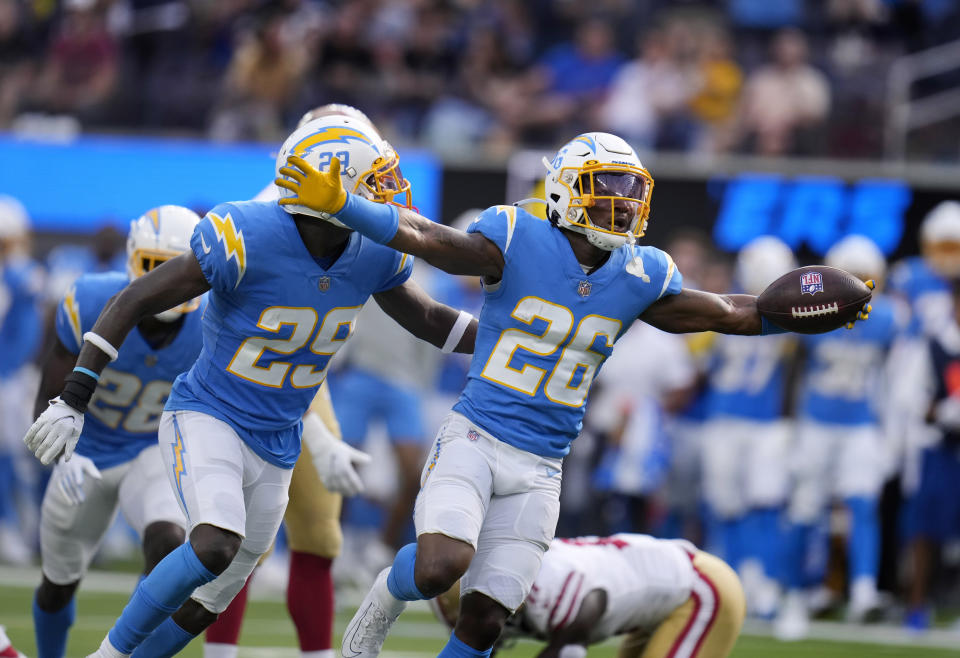 Chargers rookie cornerback Asante Samuel Jr. (#26) has been a standout, with two interceptions in three games. (Photo by Keith Birmingham/MediaNews Group/Pasadena Star-News via Getty Images)