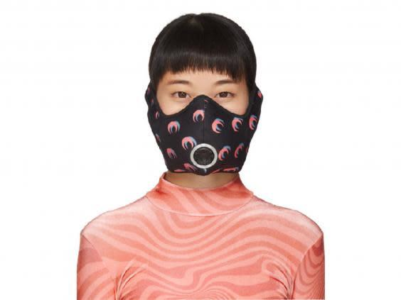 This anti-pollution mask will help if you live in a busy city (Modesens)