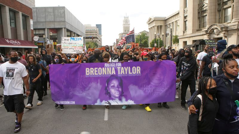 Kentucky AG says he did not recommend charges against two Breonna Taylor officers