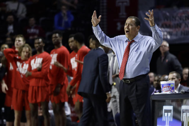 Kelvin Sampson's only loss of the season came on the road against Temple in a73-69 contest. (AP)