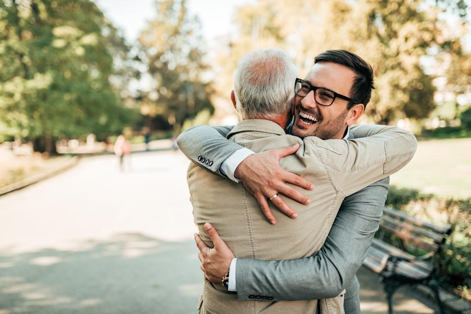 Our pick of the best personalised presents to buy your dad this UK Father's Day. (Getty Images)