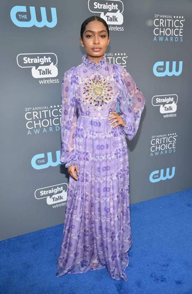 <p>The teenage <em>Grownish</em> star looked all grown up in a hippie-inspred lilac number. (Photo: Getty Images) </p>